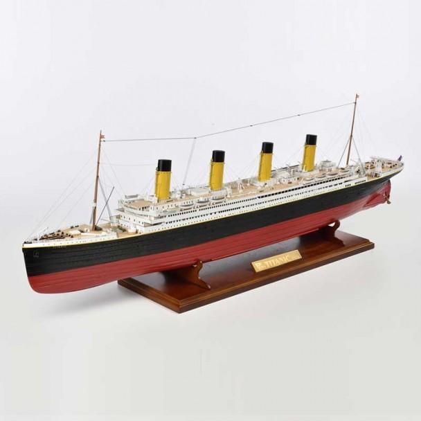 R.M.S. Titanic 1:250